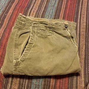 AE men's cargo shorts